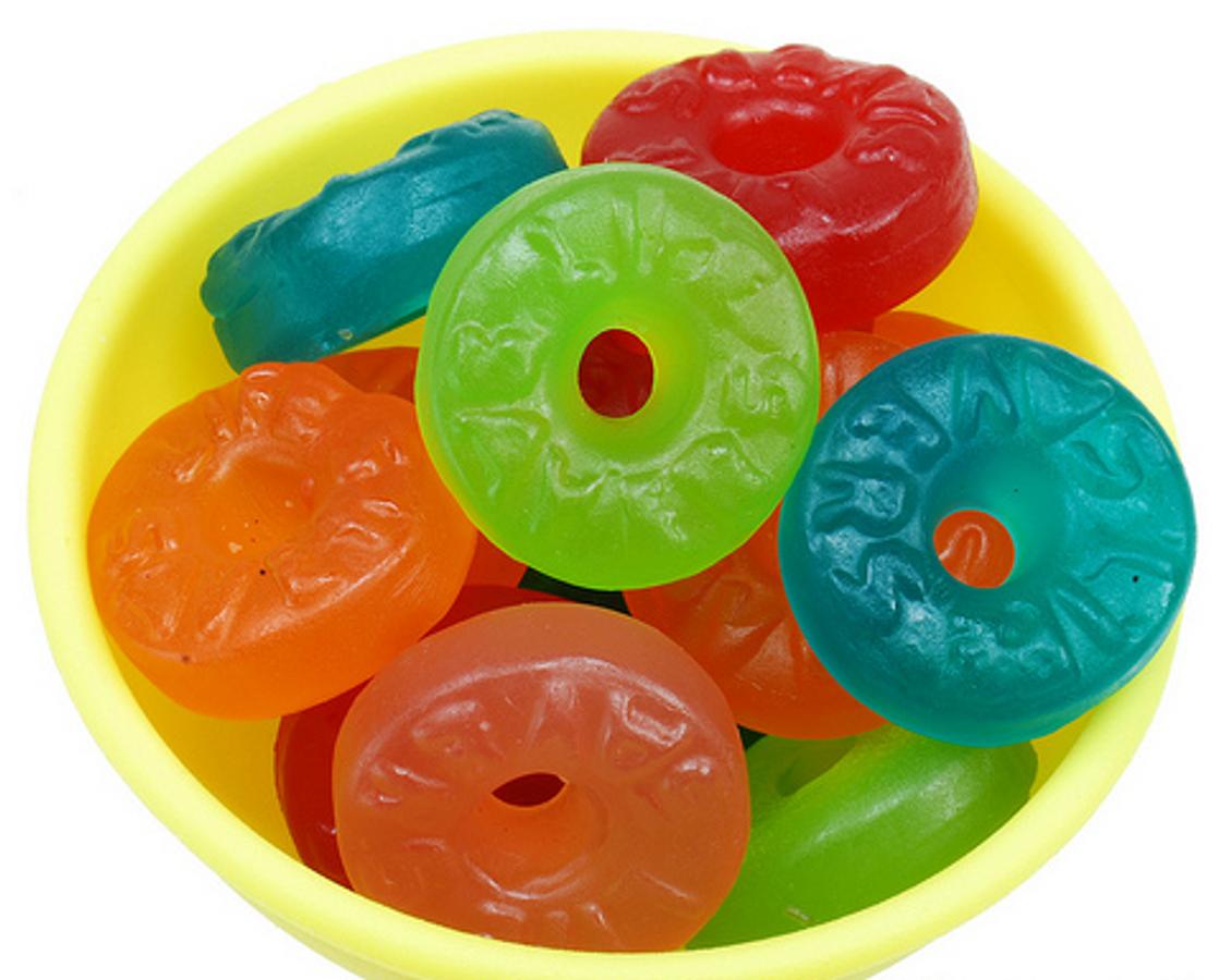Kẹo Dẻo Mỹ Lifesaver Gummies 5 Vị Trái Cây 99g