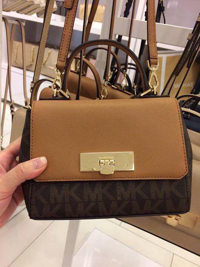 Túi Michael Kors Callie Brown Signature
