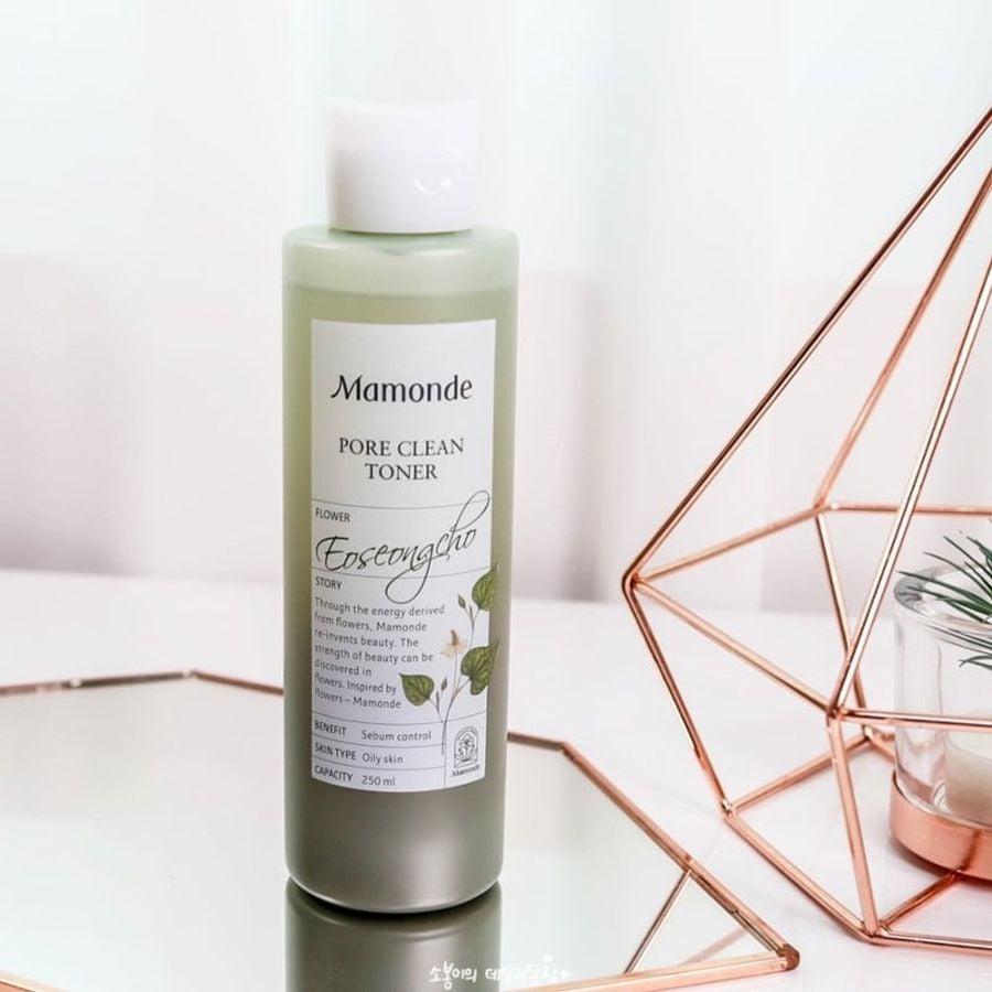 Nước Hoa Hồng Mamonde Pore Clean Toner 250ml