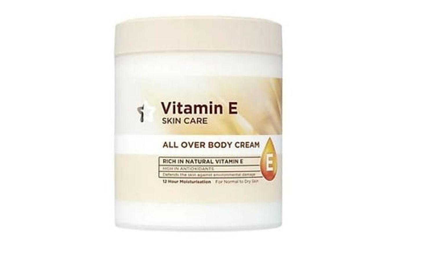 Kem Dưỡng Thể Superdrugs Vitamin E Body Cream 475ml Của Anh