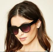 Kính mắt f21 Cat Eye Sunglasses 1000194075