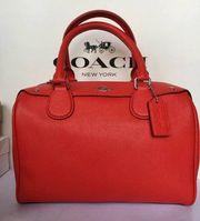Túi Coach Bennett satchel màu đỏ