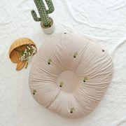 Gối chống trào ngược Rototo bebe vỏ cotton thêu họa tiết