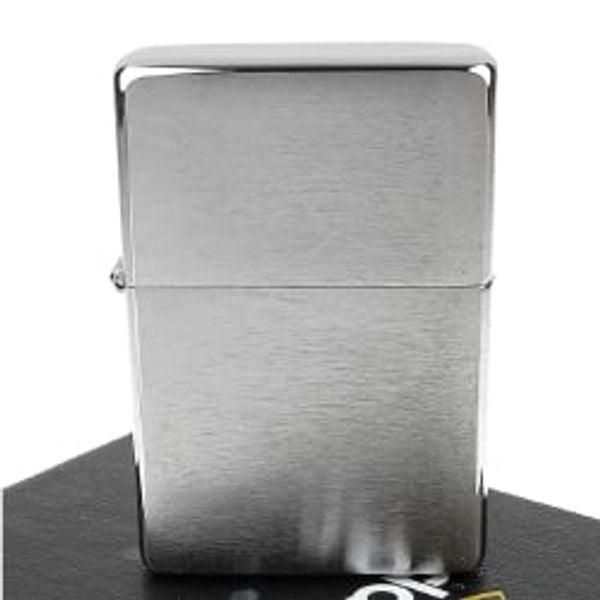 Bật lửa Zippo Vintage Brushed Chrome Lighter without Slashes 230.25 3